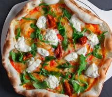 Pizza La Mafia 231x200 - 4 tips para comer pizza de una manera más saludable