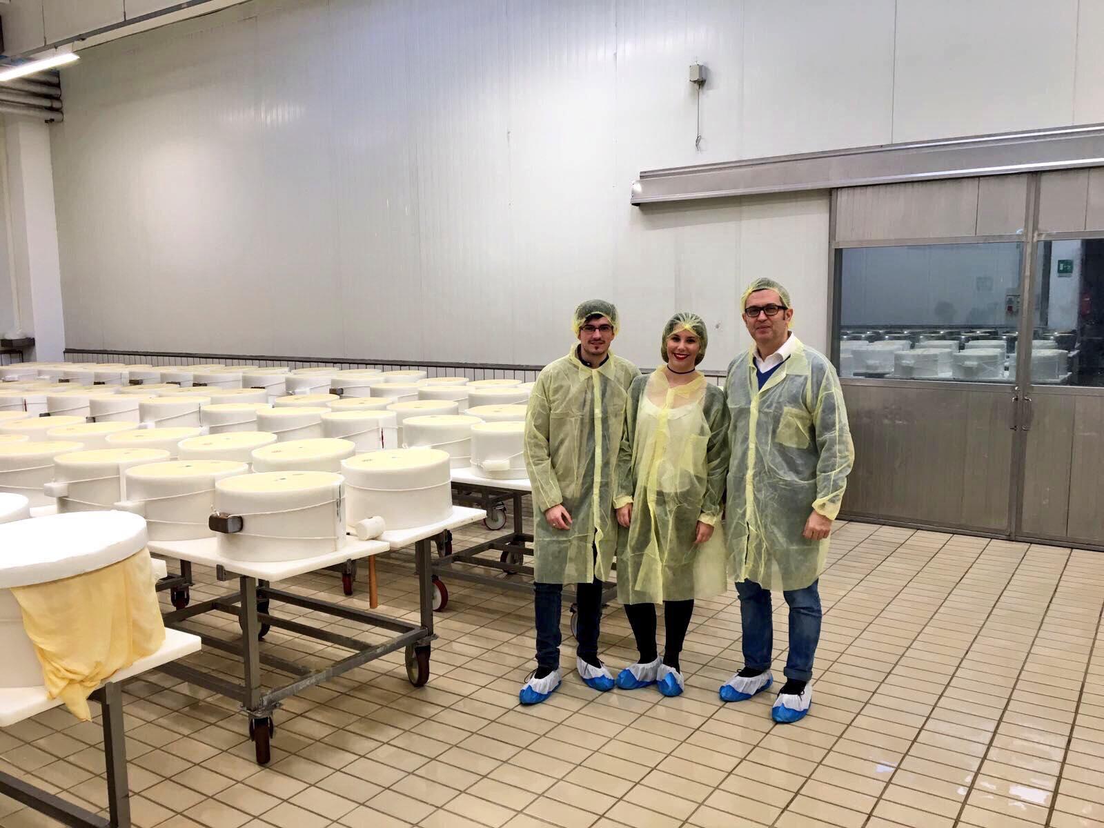 queser  a - Viaje a Italia 2016 IV: Visita a la quesería