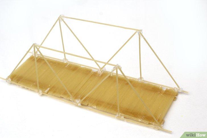Un puente construido con pasta - Manualidades con pasta, con la comida, ¡sí se juega!