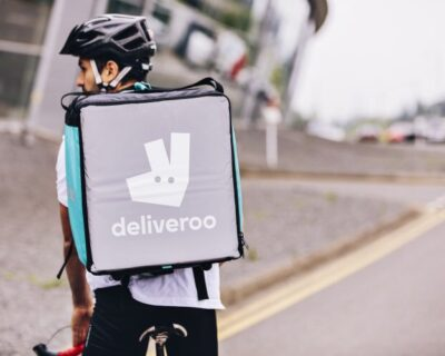 la mafia deliveroo 400x320 - 'La Mafia se sienta a la mesa' cierra un acuerdo con Deliveroo para ampliar su servicio de entrega»