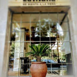 La Mafia se sienta a la mesa inauguró su restaurante en el centro de Palma