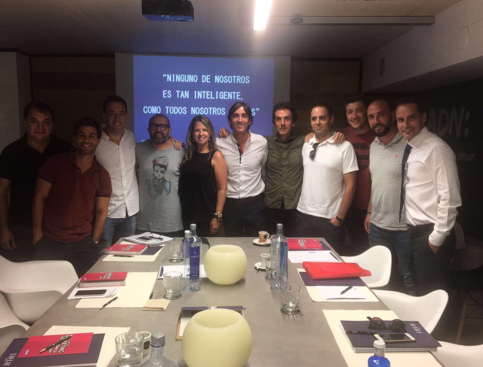 image1 - La Mafia se sienta a la mesa celebra la primera reunión del Consejo de Franquiciados