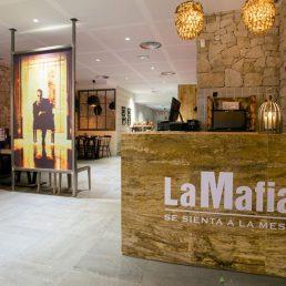 """Por qué debes comer en La Mafia se sienta a la mesa el """"Black Friday"""""""