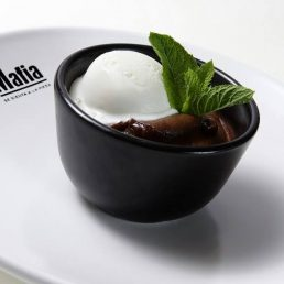 Coulant de chocolate, deliciosa combinación de texturas y temperaturas