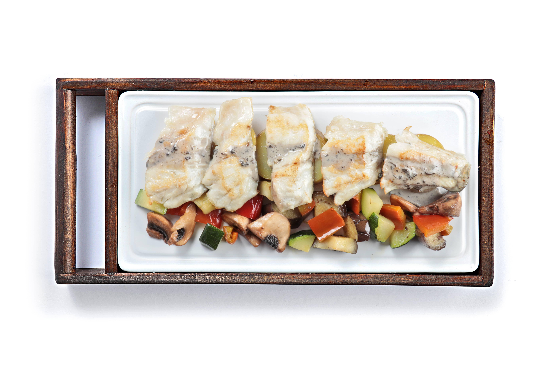 Lubina 01 min - Tataglia de lubina, plato de la nueva carta