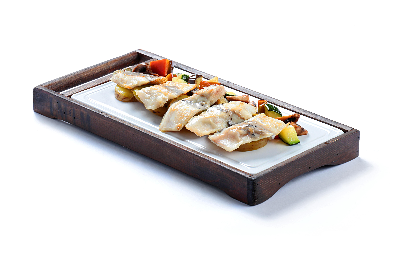 Lubina 02 - Tataglia de lubina, plato de la nueva carta