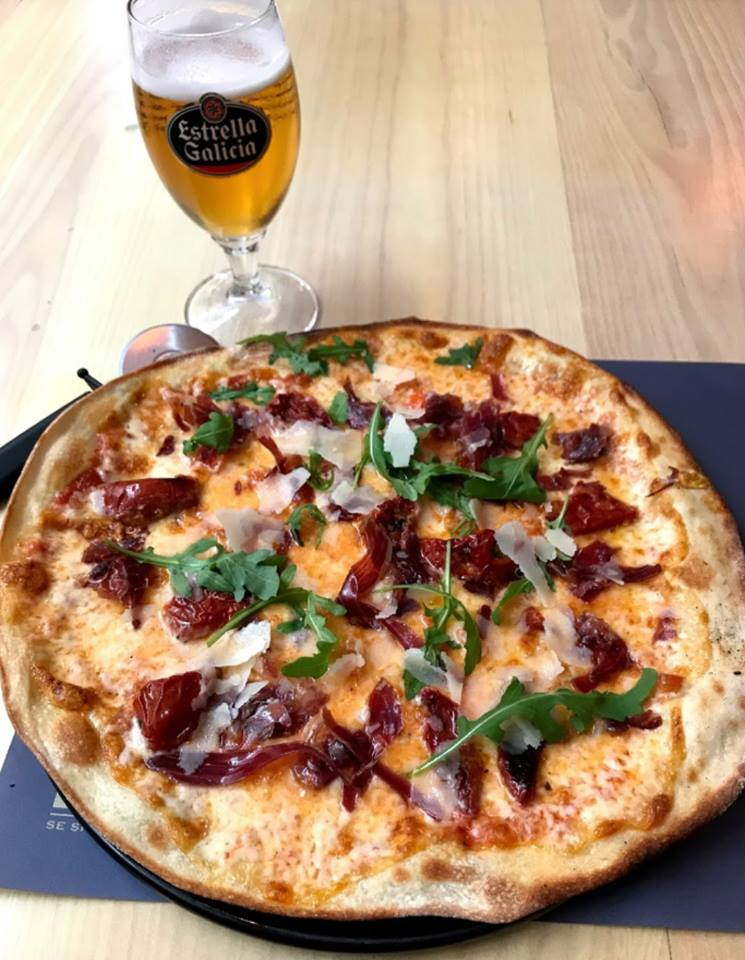 Cerveza o vino para maridar con pizza 1 - ¿Cerveza o vino para maridar con pizza?