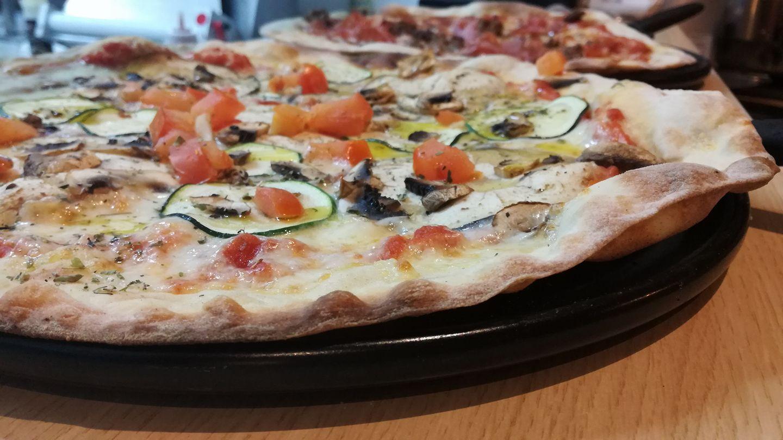 Pizzas al horno de piedra apuesta por el sabor 2 - Pizzas al horno de piedra, apuesta por el sabor