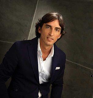 la mafia javier floristan vale.1 304x320 - Javier Floristán, de La Mafia, presidente de la Asociación de Franquiciadores de Aragón