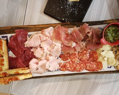antipasti típico menu italiano 1 400x320 - Así es el típico menú italiano