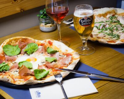 pizzas con todo el sabor de italia 400x320 - Errores que no debes cometer para preparar una buena pizza