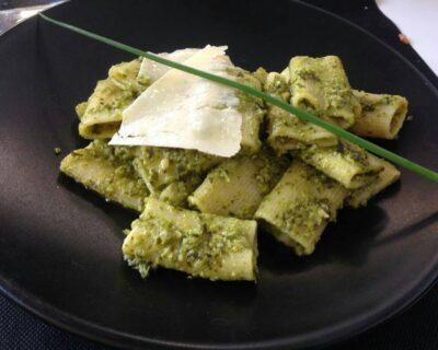 salsa pesto italiana 400x320 - 3 de las salsas más populares de la gastronomía italiana