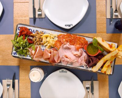 antipasto italiano 400x320 - 'La Mafia se sienta a la mesa' reabre en Zubiarte
