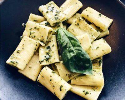salsas para comer pasta italiana sin queso 1 ok 400x320 - Salsa pesto, una alternativa rica y saludable para tus platos de pasta