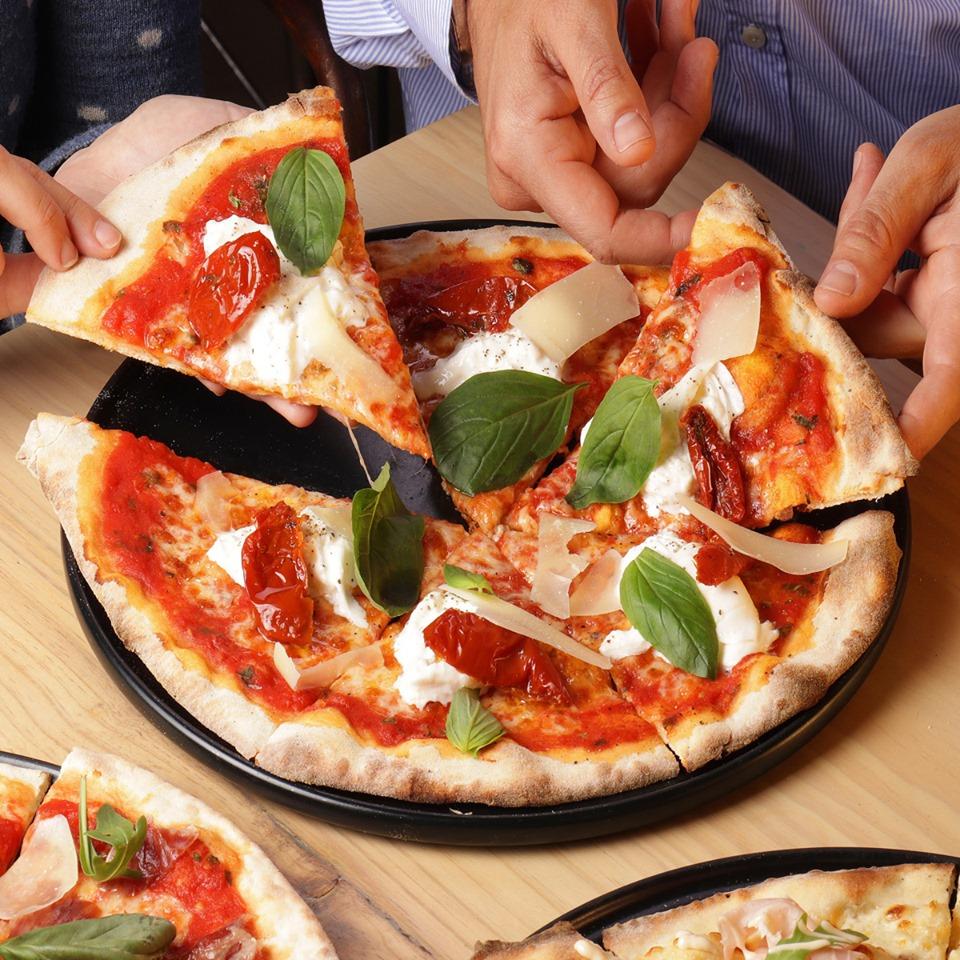 las mejores pizzas con el mejor queso - Los 3 quesos más populares y usados en las mejores pizzas