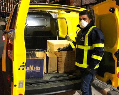gastroaplausos03 400x320 - Correos llevará la cena al personal sanitario de los hospitales de Zaragoza