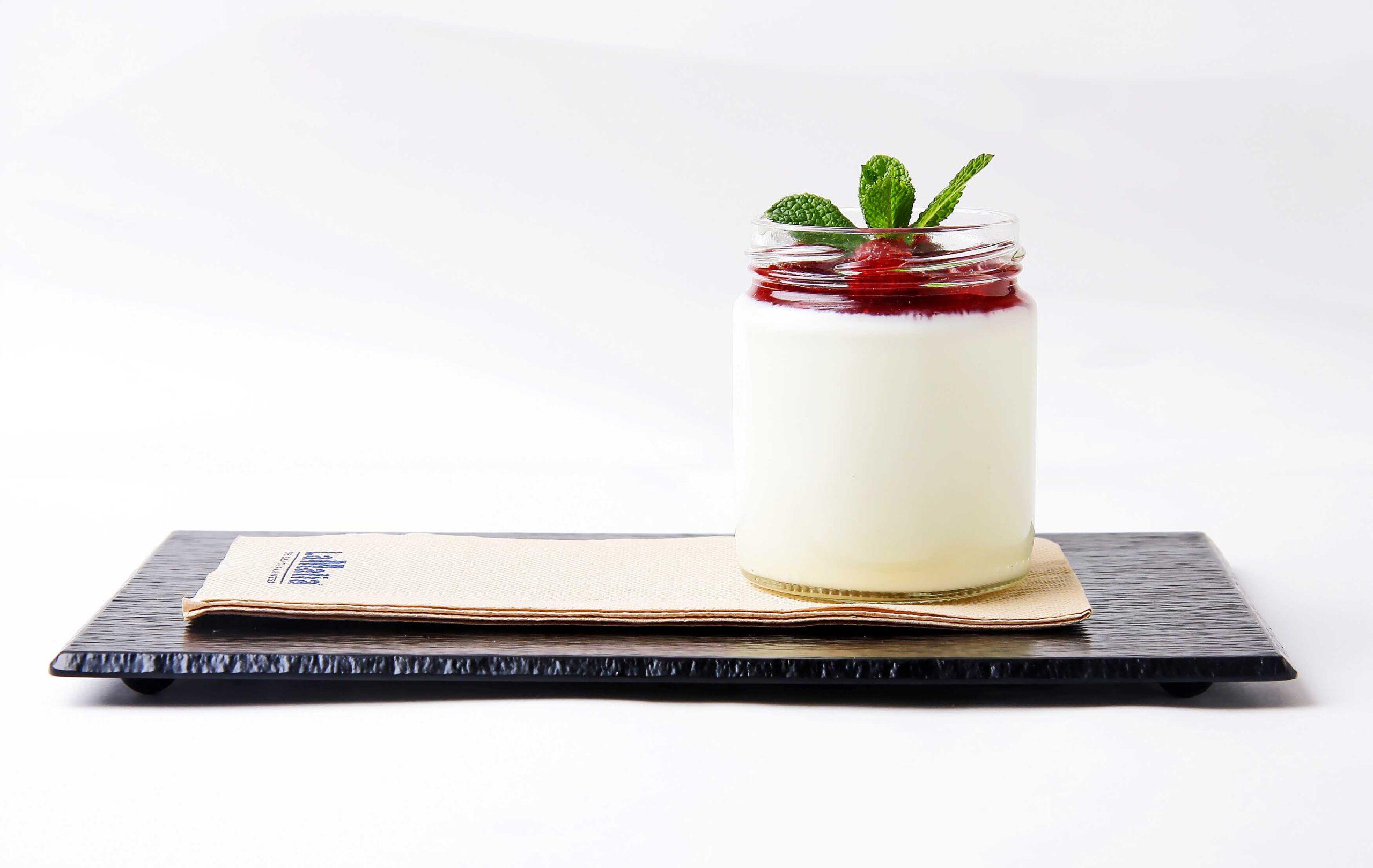 maridaje lambrusco postre scaled - El vino Lambrusco en la cocina italiana