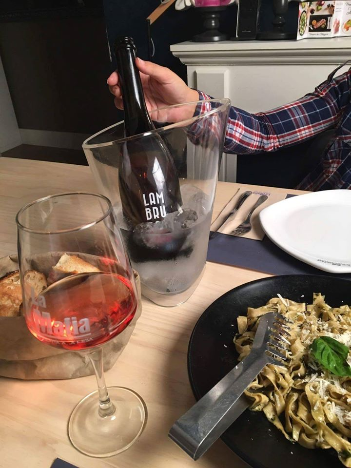 lambrusco maridaje - El vino Lambrusco en la cocina italiana