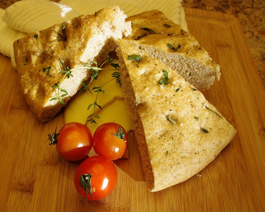 focaccia y platos italianos - 3 platos italianos perfectos para acompañar una deliciosa focaccia