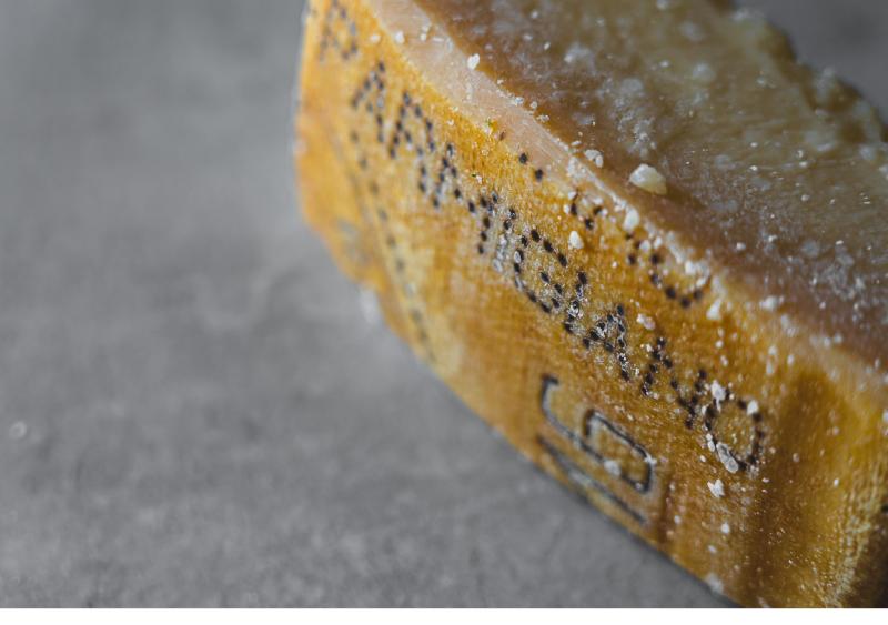 queso parmesano - Grana Padano y Parmesano, ¿conoces la diferencia de estos dos quesos italianos?