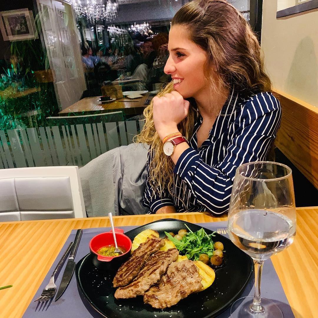 salir a cenar  delicioso plato de carne 0 - Dos platos de carne para una cena de 10