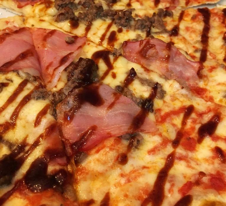 pizza barbacoa deliciosa - Las tres pizzas de 'La Mafia se sienta a la mesa' que más adoran los niños