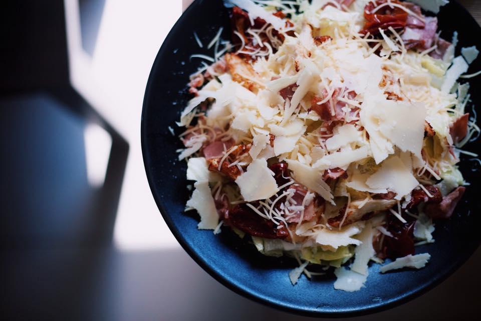 ensalada cesar famosa - Dos de las ensaladas más famosas del mundo