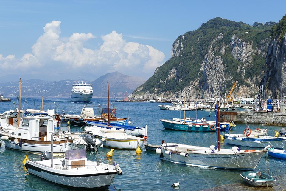 isla de capri - Insalata Caprese, una deliciosa ensalada con mucha historia